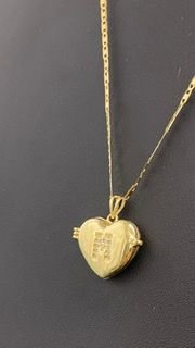 Pingente Relicário coração com diamantes