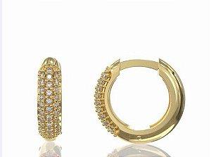 argola em ouro amarelo 18K com diamantes