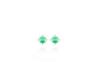 Brinco em ouro com esmeralda e diamantes