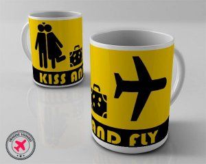 Caneca Kiss and Fly