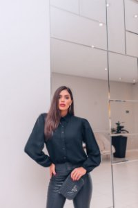 Camisa Anne em linho preto