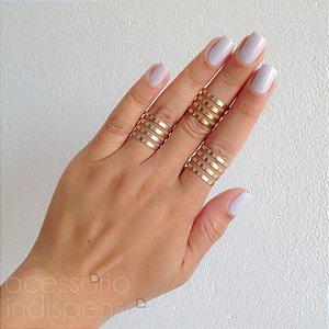 Kit com 3 Anéis Modernos Dourados Texturizados