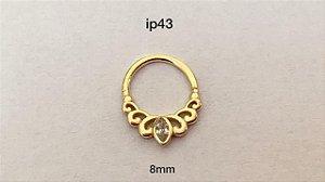 Argola torção em prata 925 dourado 8mm