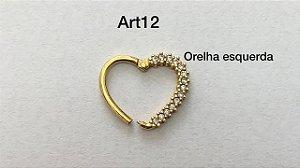 Coração articulado dourado para o lado esquerdo
