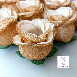 100 Forminhas para doces Flor Botão Rosa- Marfim- D - F043