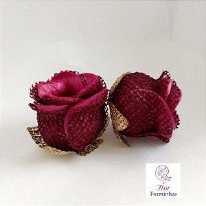 25 Forminhas para doces Flor Botão Rosa Rústico Marsala - F045