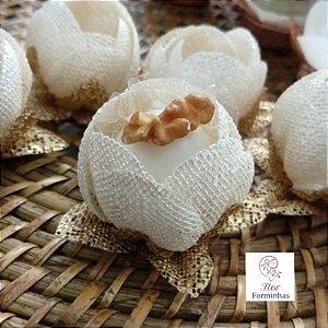 12 Formas para doces - Botão Camelia Perola - F018