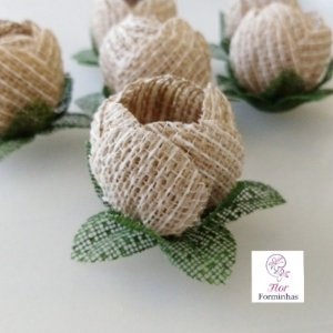 25 Formas rusticas para doces - Botão Camelia Fios Brancos - F019