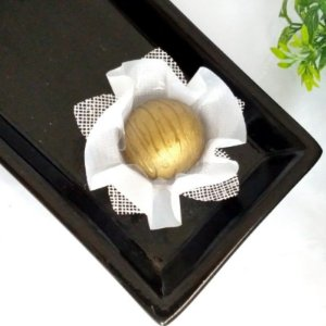 50 Forminhas para Doces Amarilis Branca - F009