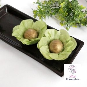 50 Forminhas Flor Primavera Papel Verde Pistache- F012