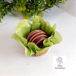50 Forminhas Flor Primavera Base Dourada G Pistache- F037