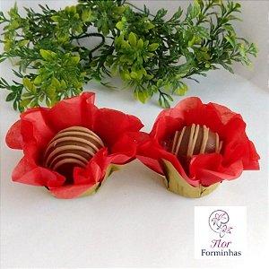 50 Forminhas Flor Primavera Base Dourada G Vermelho- F037
