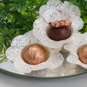 50 Forminhas Flor 4 Coracoes Perola - F056