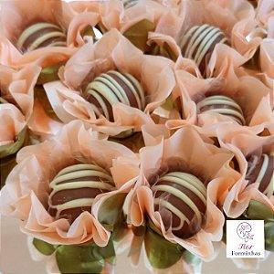 50 Forminhas Flor Primavera Base Dourada G  Pessego- F037