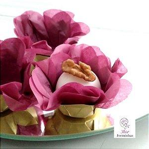 50 Forminhas Flor Primavera  Base Dourada G Marsala - F037