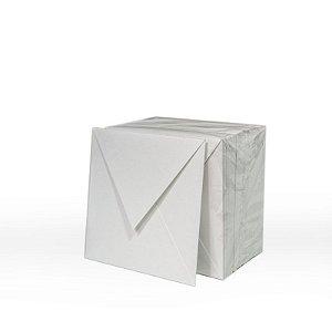 Lote 46 - Envelope Aba Bico 8,0x8,0 - 50 unid.