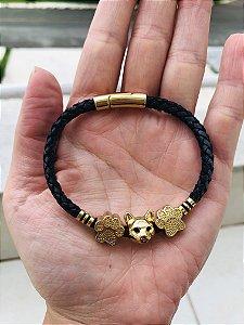 Pulseira Cabeça Gato Dourada em cordão Preto