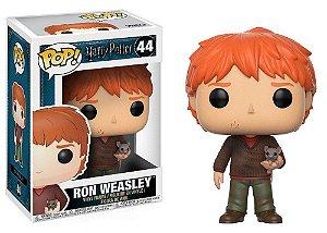 Estatueta Funko Pop! Harry Potter - Ron Weasley w/ Scabbers