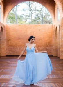 Vestido de Festa Azul Longo Decote Bordado no Busto Naiara Aluguel