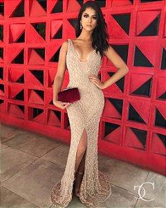 Vestido de Festa Nude Longo Decote Fenda Bordado Ryana