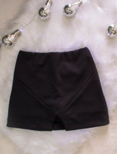 Shorts Saia Preto - M