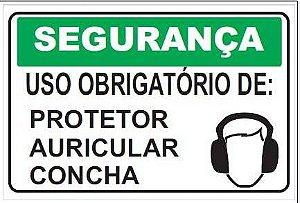 Uso obrigatório de protetor auricular concha