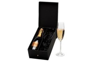 Kit Espumante Chandon Brut 375ml com Taça Cristal