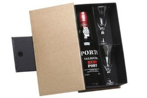 Kit Vinho Do Porto Valdouro Rubi 375ml com Cálices Cristal
