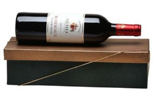 Kit Vinho Frances Tinto Sichel 750ml Caixa Dourada