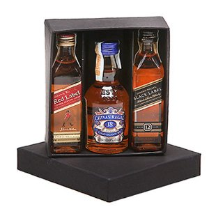 Kit  3 Whiskys Mini 50ml Red Label Chivas 18 Anos e Black Label