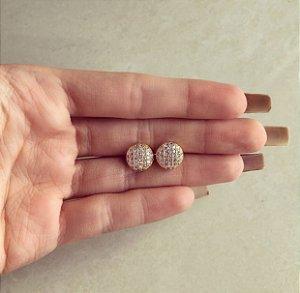 Brinco Bolinha Média Cravação de Mil Micro Zircônias Diamond Dourado