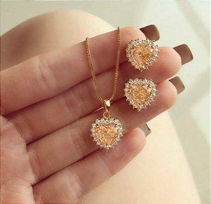Conjunto Coração com Zircônias Morganita e Diamond Dourado