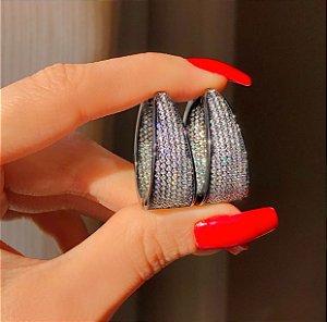 Argola Roma Mil Zircônias Luxuosa Diamond Ródio Negro
