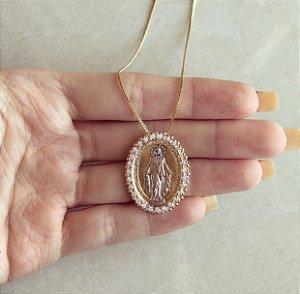Corrente Mandala Nossa Senhora com Ródio Branco e Zircônias Diamond Dourado