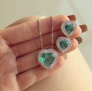 Conjunto Luxuoso Coração Mil Zircônias Diamond e Verde Turmalina Ródio Branco