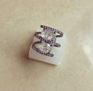 Anel Luxuoso Pedra Fusion Diamond e Cravação de Zircônia Diamond Ródio Negro