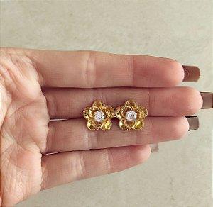 Brinco Flor com Miolo de Zircônia Diamond Dourado