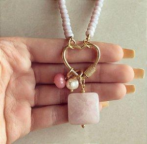 Corrente Cristais Lilás com Coração Vazado, Pedra Natural de Quartzo Rosa, Rondonita e Pérola de Água Doce Dourado
