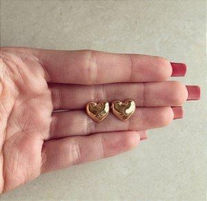 Brinco Maxi Coração Liso Dourado