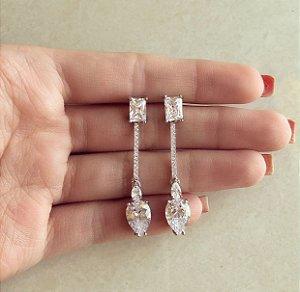 Brinco Califórnia Comprido com Zircônias Diamond Ródio Branco