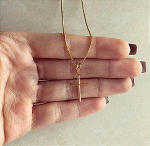 Corrente Cruz Pequena e Delicada Dourado