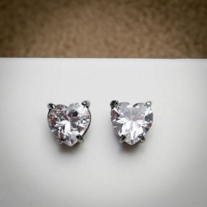 Brinco Coração Maxi Zircônia Diamond Ródio Negro