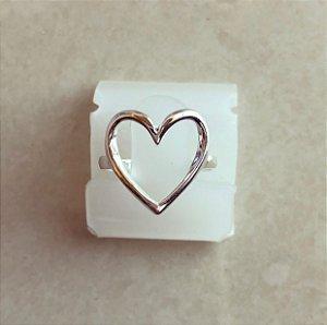 Anel Coração Vazado Banhado a Prata
