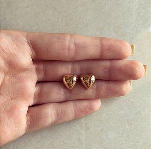 Brinco Coração Grande Liso Dourado