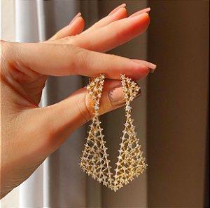 Brinco Filipinas Cravação Mil Zircônias Diamond Luxury Dourado