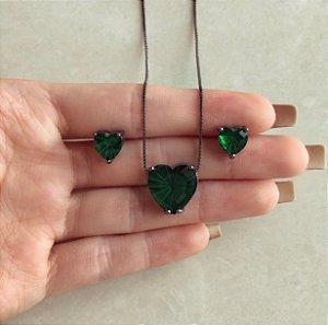 Conjunto Coração Pedra Raiada Verde Esmeralda Ródio Negro