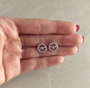 Brinco Espírito Santo Cravado de Zircônias Diamond Ródio Branco