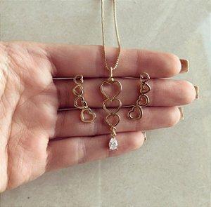 Conjunto Corações Vazado com Gota de Zircônia Diamond Dourado