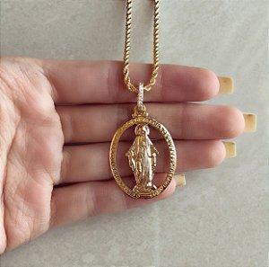 Corrente Grossa e Torcida com Mandala Nossa Senhora das Graças e Zircônias Diamond Dourado