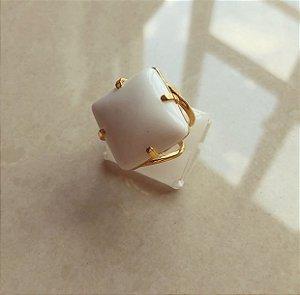 Anel (AJUSTÁVEL) Pedra Natural Agata Branca Dourado
